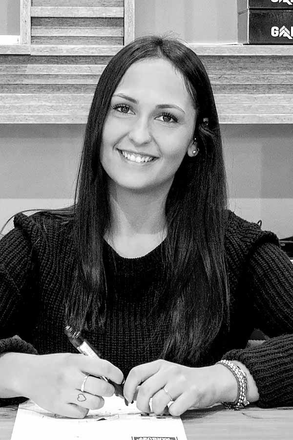 Lucia Cenerelli - Team - Cenerelli Parquet